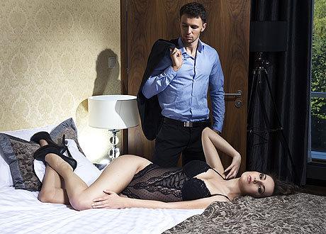 Много жен изменяют мужу видео фото 618-931