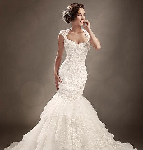 Свадебное платье на песочные часы