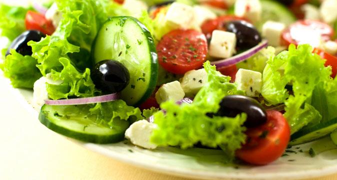 Греческий салат (постный) | Passion.ru