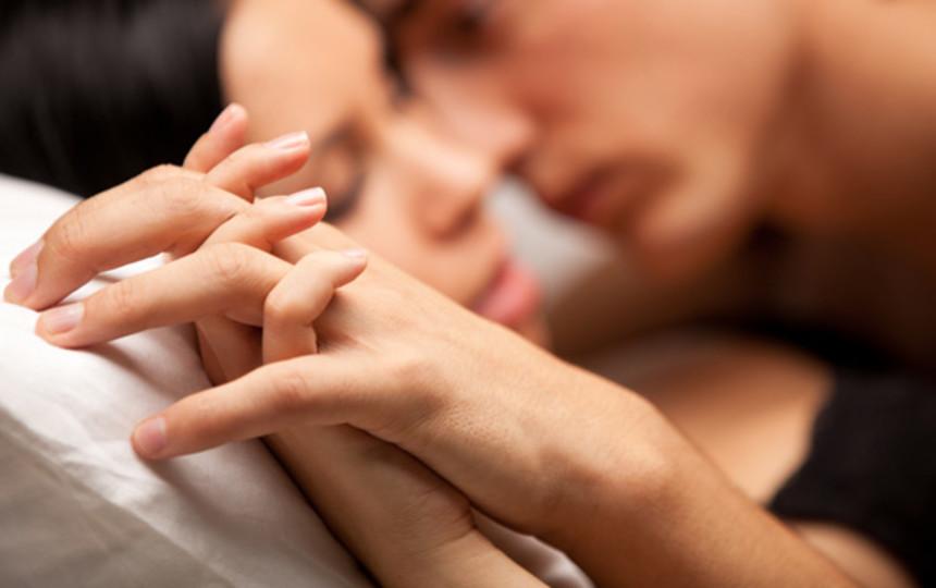 Выбора партнера с правом первого касания в сексе