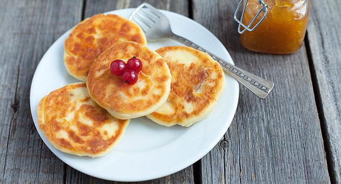 рецепт творожных сырников с медом.