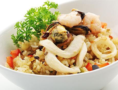 Салат из кальмара с рисом