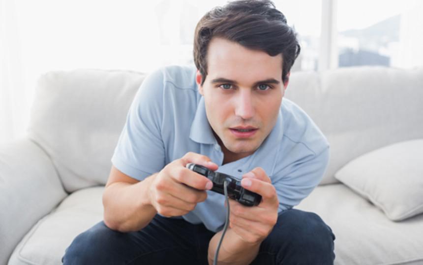 Мой муж стал геймером секса нет