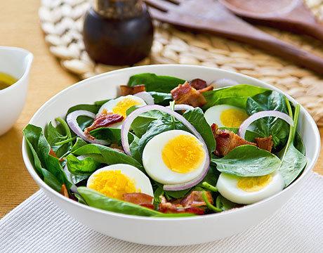 Что можно сделать из варёных яиц