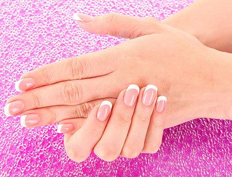 Гелевое наращивание ногтей: все за и против