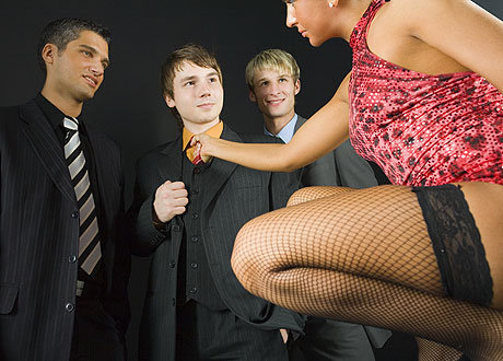 Показать как девушки хотят парней фото 467-290