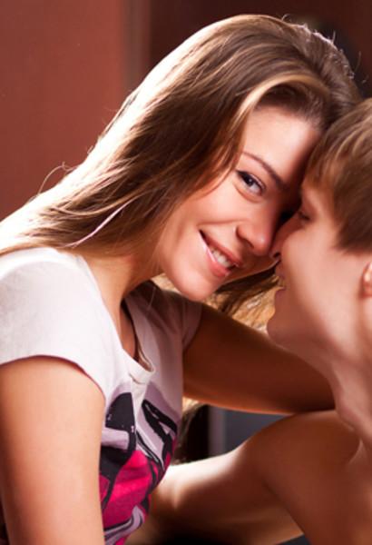 Маленькая девочка секс видео трахонье сами собой бесплатно