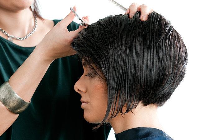 Да лучше стричь волосы июнь