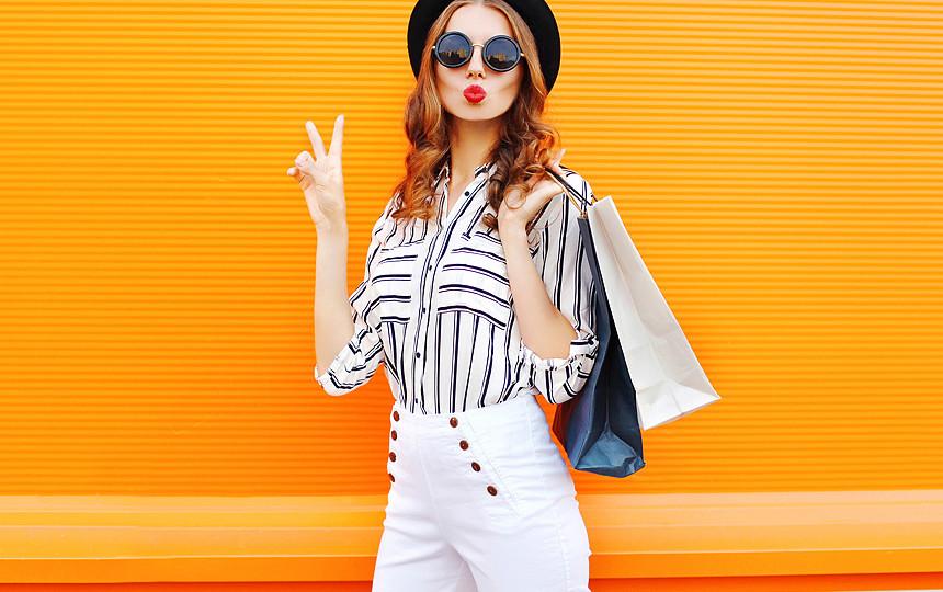 Лето на работе: 5 модных образов, которые поднимут вам настроение