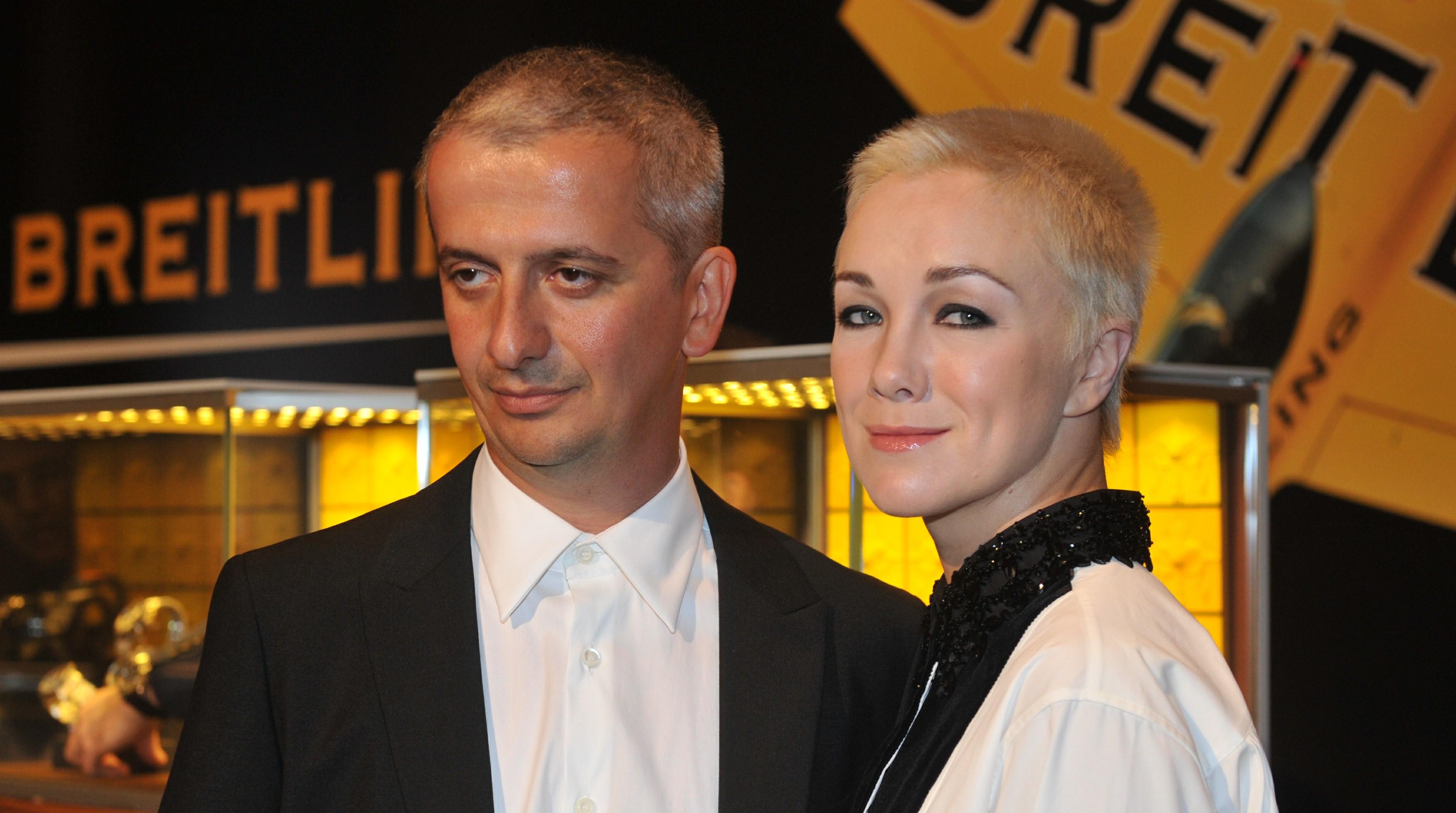 Картинки по запросу Дарья Мороз и Константин Богомолов