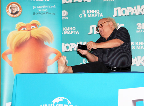 Дэнни Де Вито (Danny DeVito) на пресс-конференции/ starface.ru