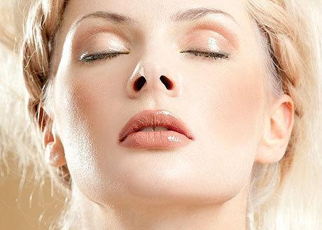 Чистка лица: обзор всех современных способов