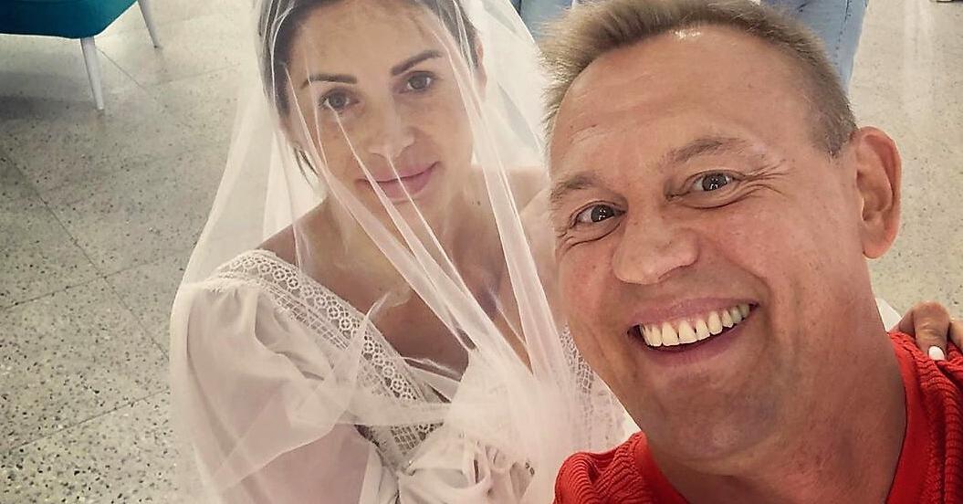 так степан меньщиков с женой фото со свадьбы знать совершенстве владеть