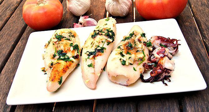 Самый вкусный салат с кальмарами - 8 простых рецептов салата   360x670