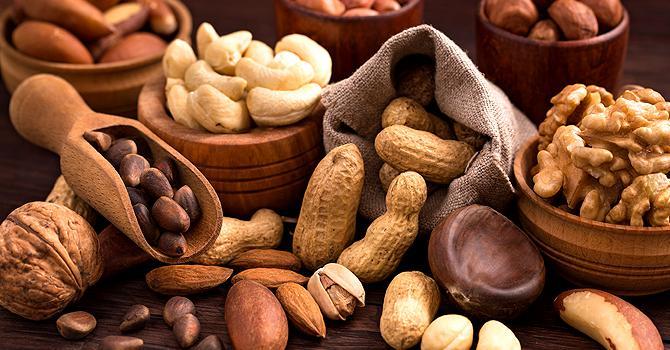 Сколько перевариваются орехи: время усваивания продуктов, основы правильного питания