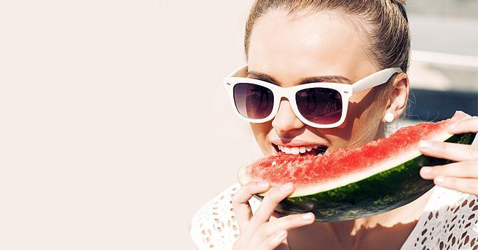 Все летнее разнообразие овощей и фруктов в меню зеленой диеты