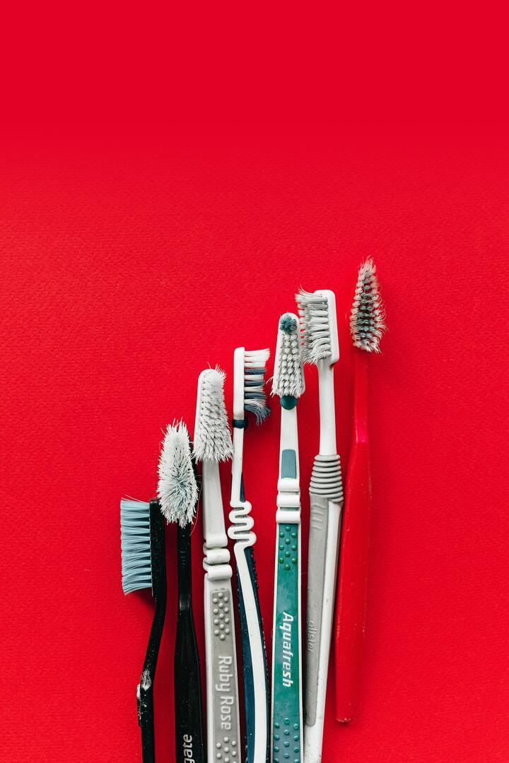 Как перестать бояться стоматологов и начать экономить на лечении зубов