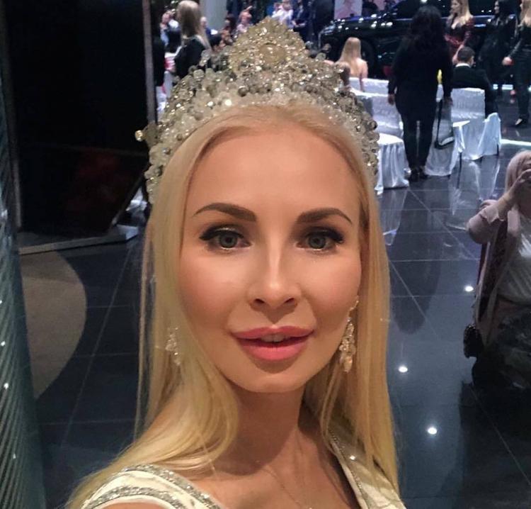 Счастлива в семье, 2 сына и любимый муж»: 33-летняя Екатерина Нишанова из  Геленджика стала «Миссис Россия-2019»   Passion.ru