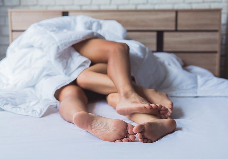 10 секс-гаджетов, которые помогут вам вернуть страсть в отношения с партнером