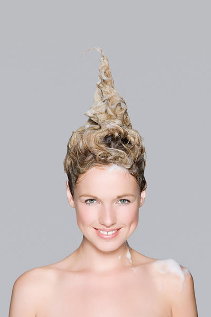 Секутся волосы по всей длине: можно ли вернуть красоту поврежденным локонам