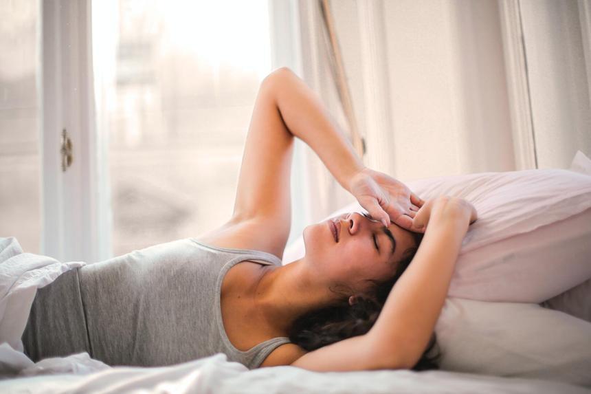 Бережем желудок и печень: как правильно пить таблетки, чтобы не навредить себе