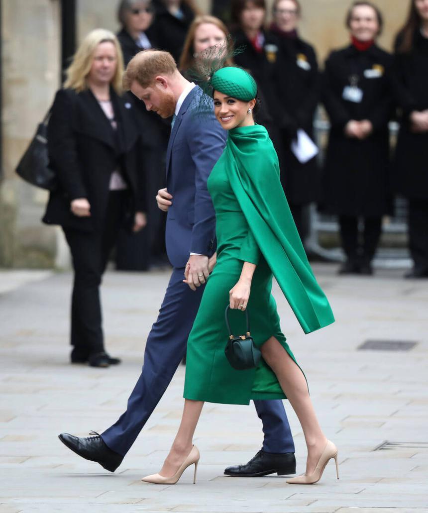 Почему Меган Маркл не удалось стать своей в семье мужа и как страдает принц Гарри